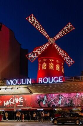 TOUR D'ILLUMINATION DE PARIS + SPECTACLE AU MOULIN ROUGE - COUPE DE CHAMPAGNE