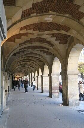 VISITE GUIDEE : AU MARAIS AVEC PARIS HISTORIQUE