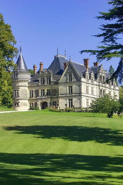 chateaudelabourdaisiere_1615391802