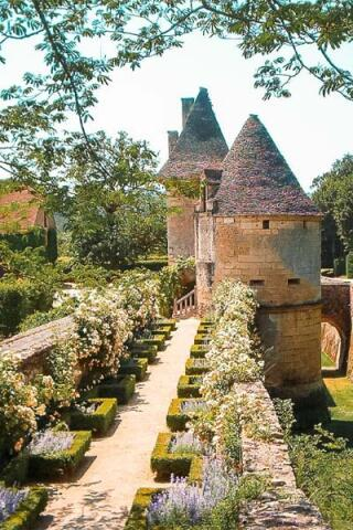 chateaudelosse_1615392764